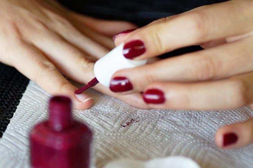 Trucos para cuidar las uñas