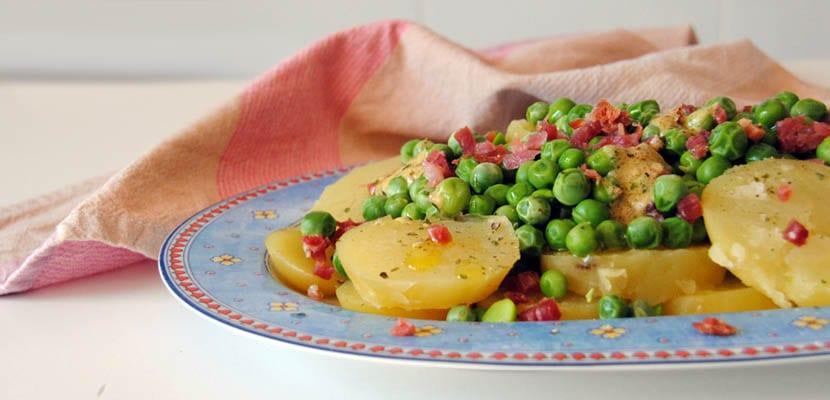 Patatas con guisantes a la mostaza