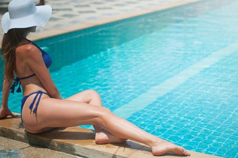 cómo eliminar marcas del bikini