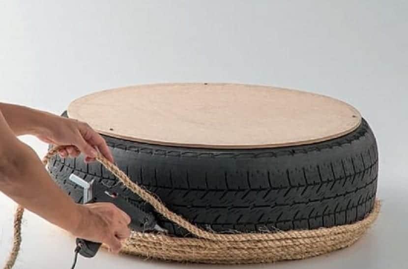 mesa de centro hecha con cuerdas