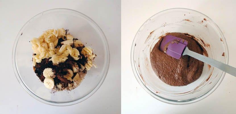 Bizcocho de chocolate, plátano y café