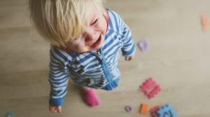 nena con rabieta sensorial