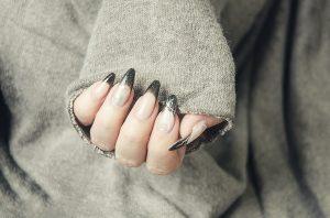 uñas ovaladas