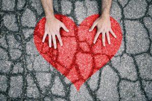 corazon roto por desamor