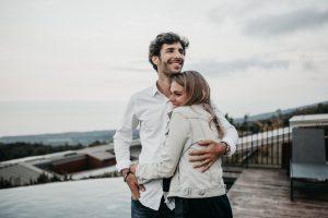 amigos que se convierten en pareja