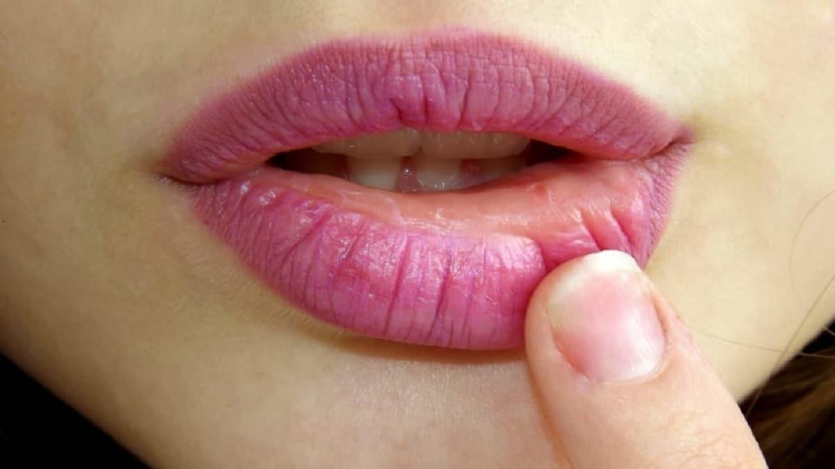 evitar arrugas en labios