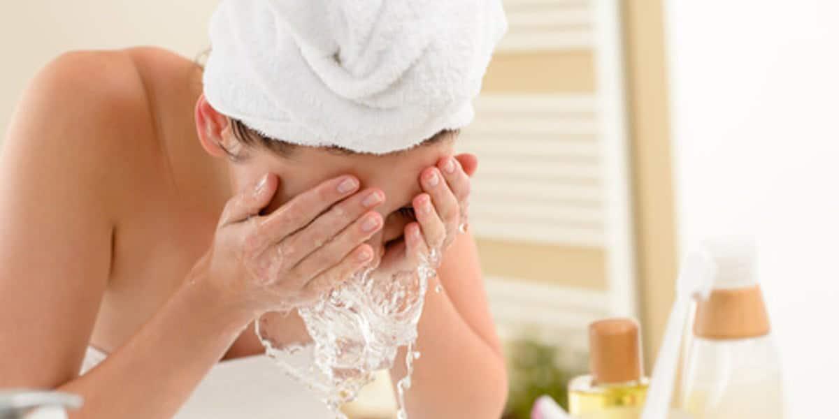 Limpieza en el rostro