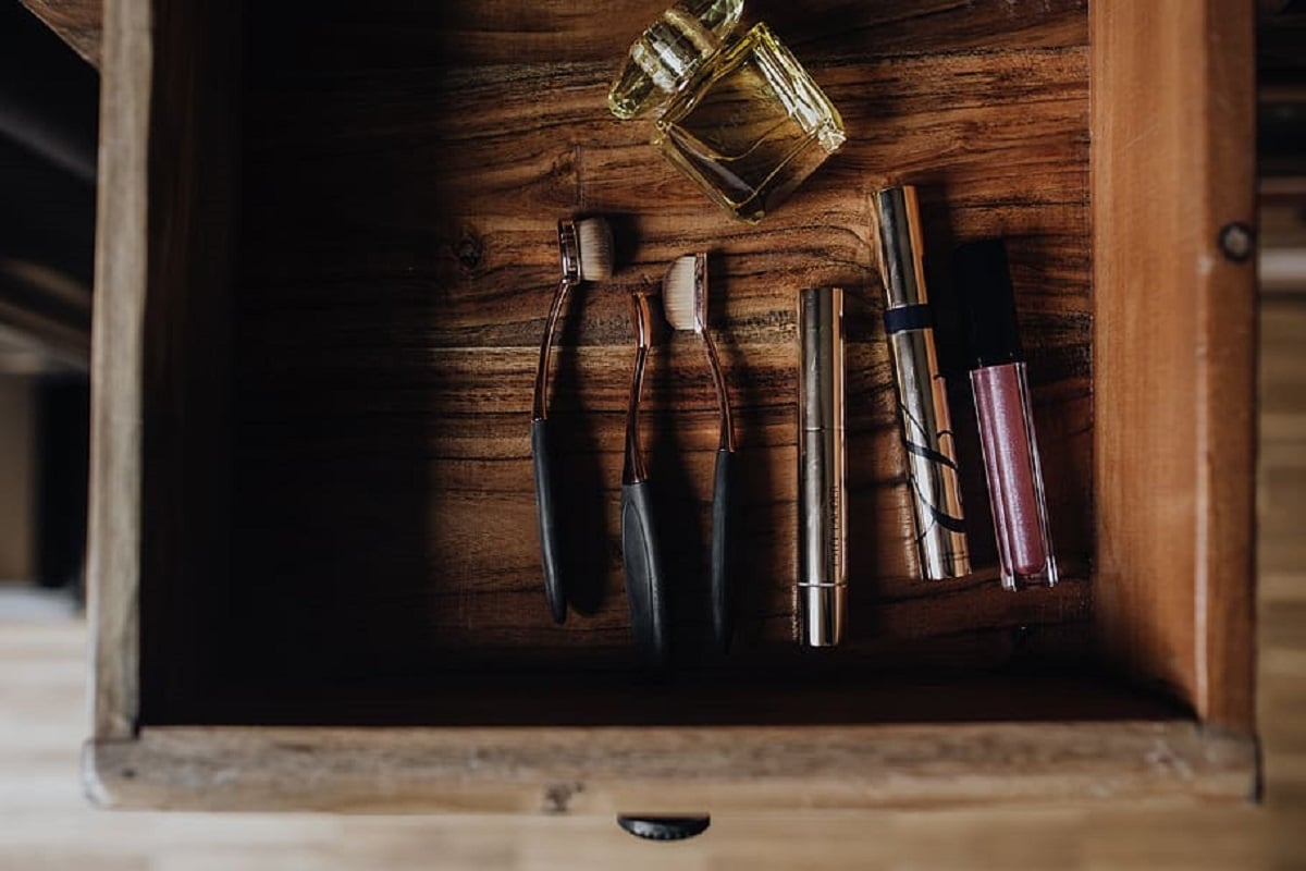 maquillaje basico ordenado