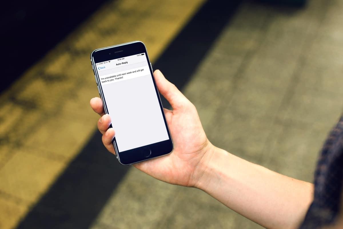 pareja y mensajes de texto