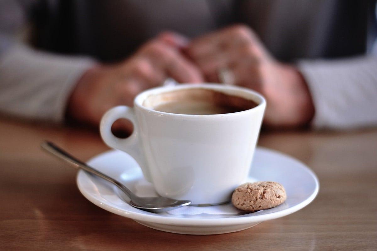 consumir mucha cafeína