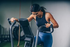 ejercicios cardio pesas