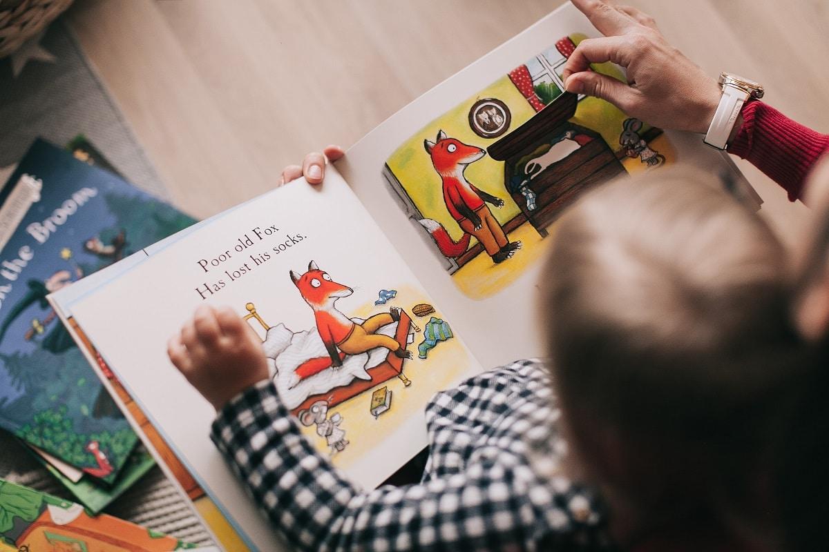 leyendo en inglés niños