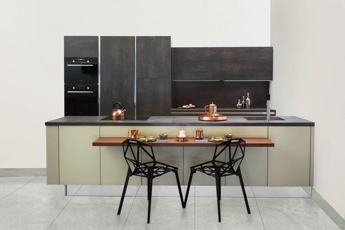 cocinas-combinadas colores oscuros