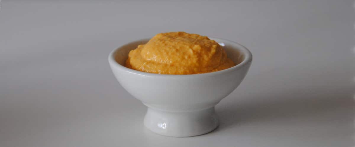 Salsa de calabaza, cebolla caramelizada y queso