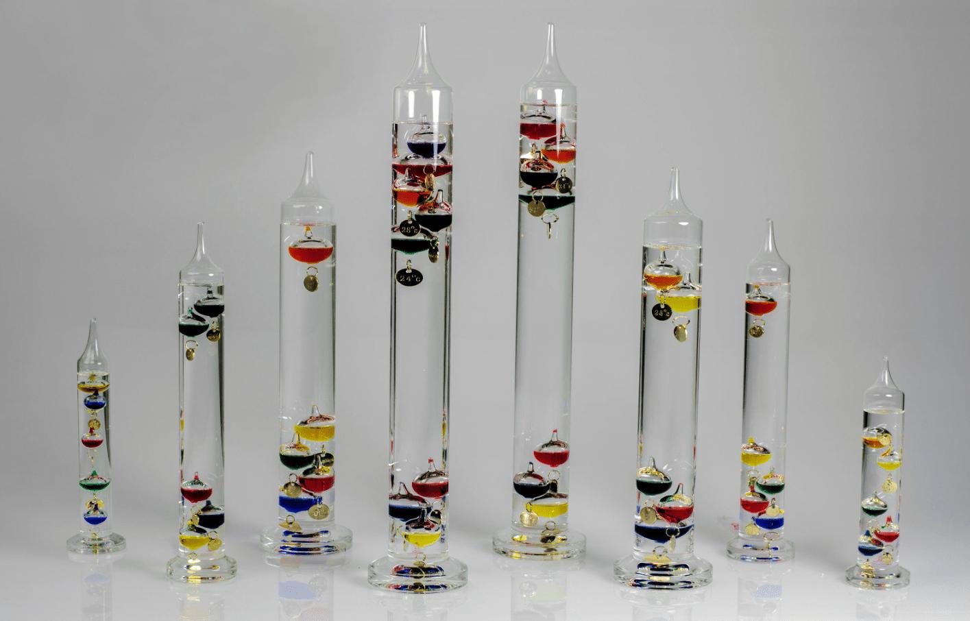 Decoración con termómetros de galileo