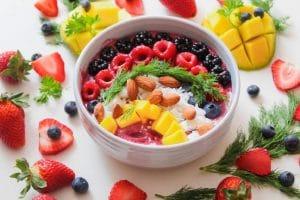 la fruta engorda por la noche