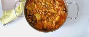 Guiso de patata, repollo y champiñones