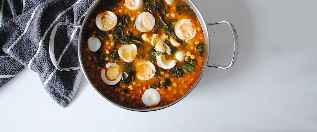 Garbanzos con espinacas y huevo cocido