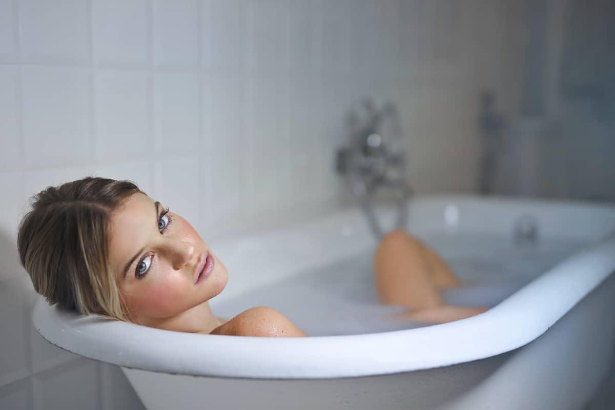 beneficios bañarse agua fría