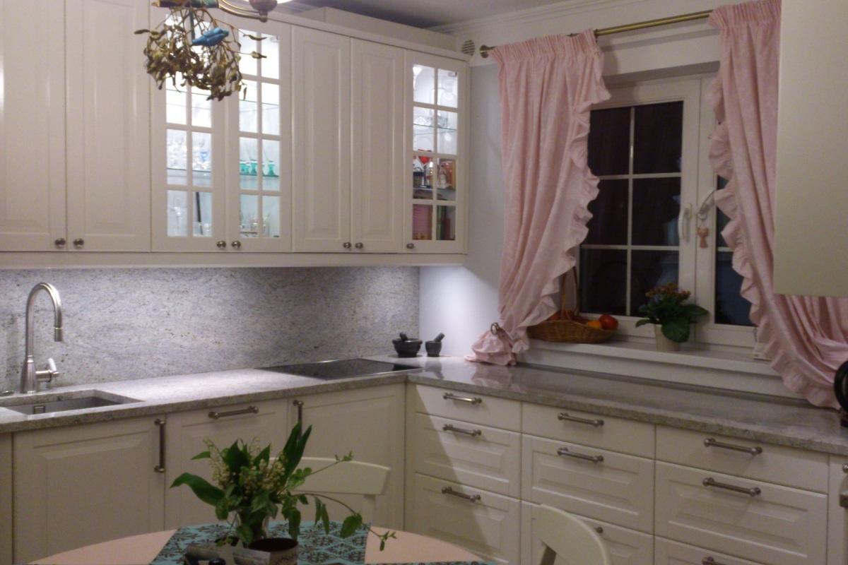 Modelos de cortinas para cocinas