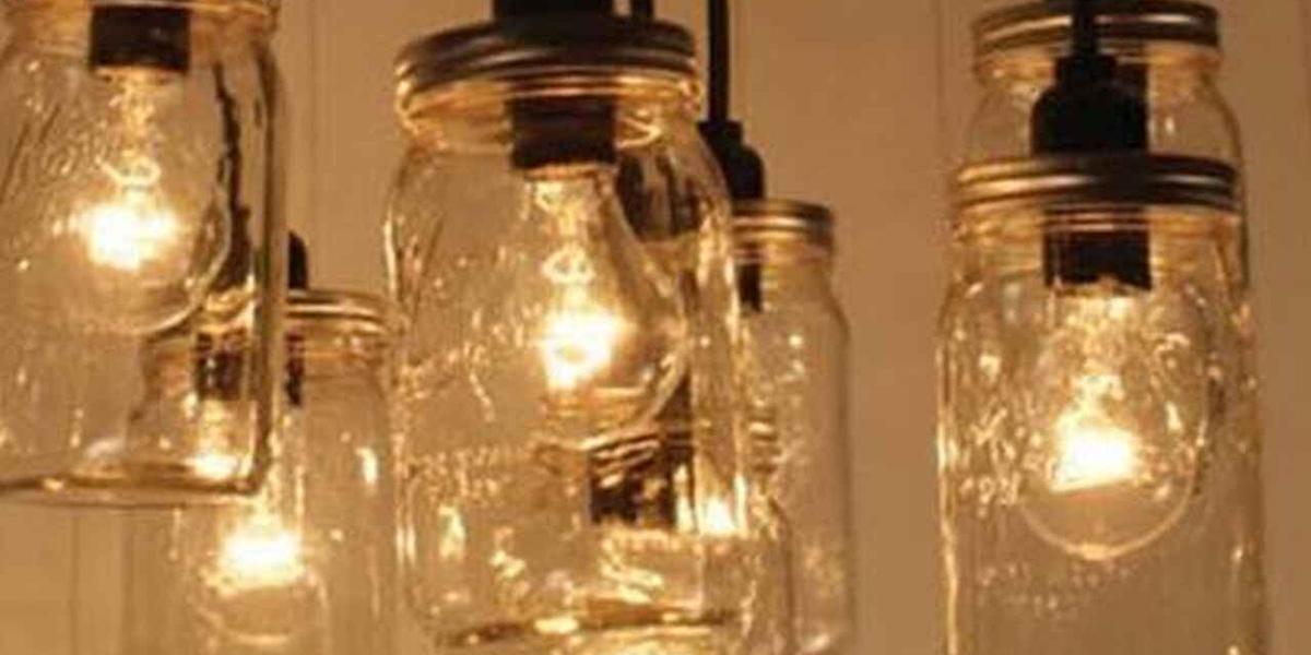 Botes de cristal en lámparas