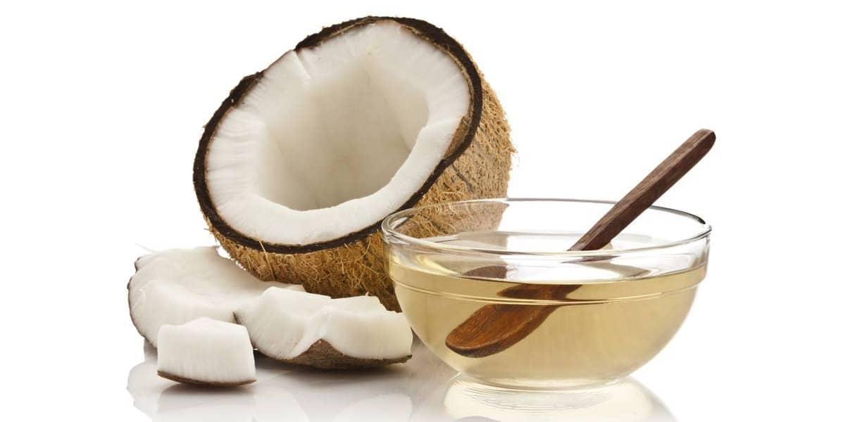 Cuidar el cabello con aceite de coco