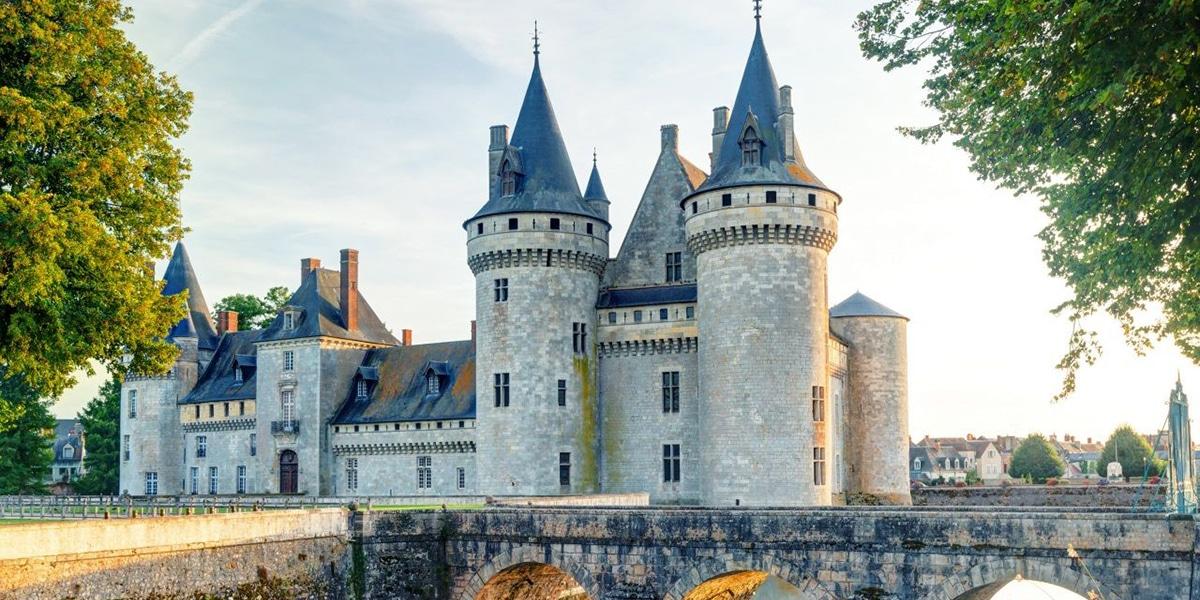 Castillo de Sully