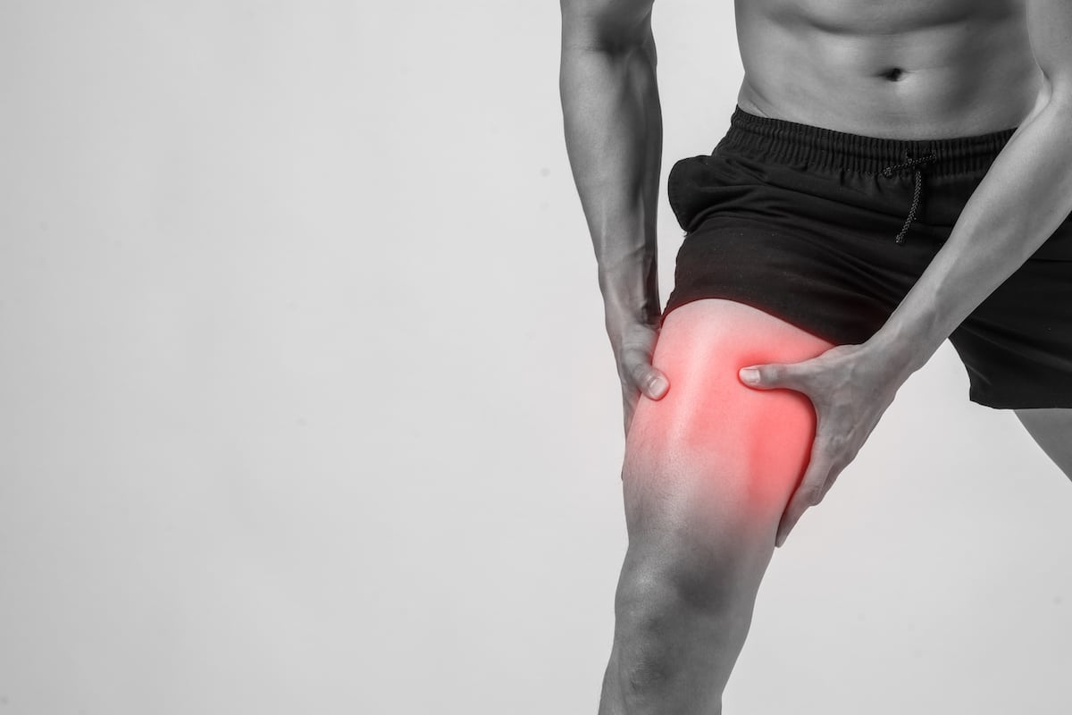 Desgarro muscular en la pierna.