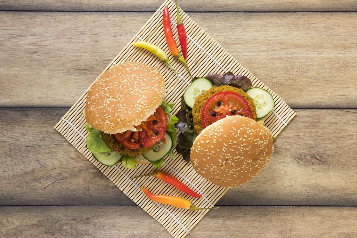 Hamburguesa vegetariana de lentejas.