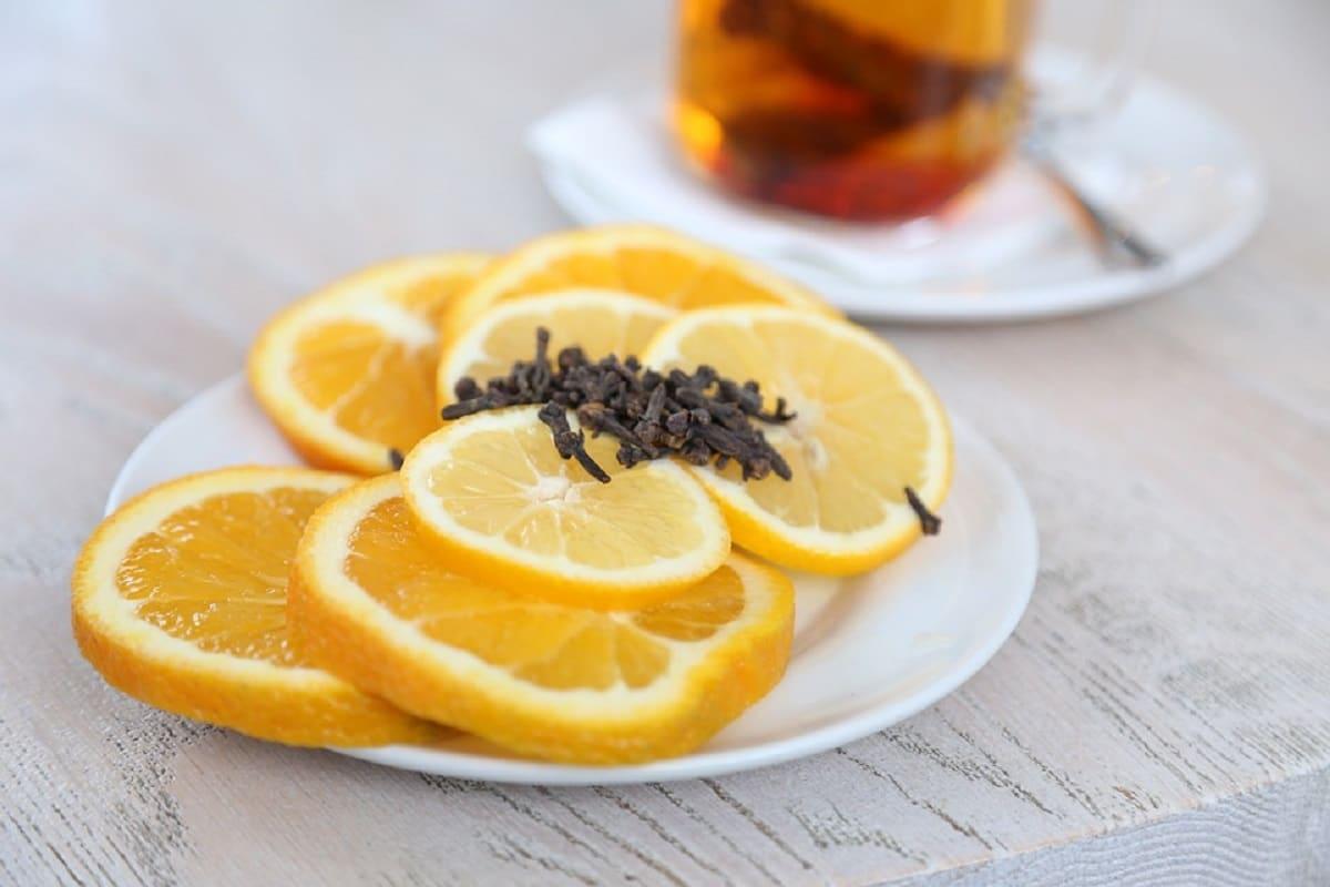 Ambientador casero de limón