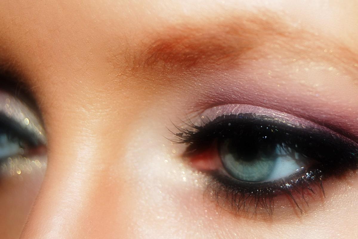 Sombras que favorecen a los ojos verdes
