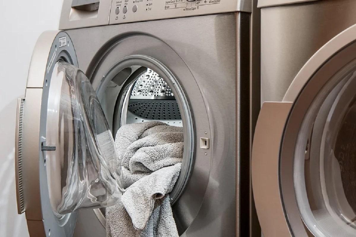 Limpiar la lavadora para evitar malos olores