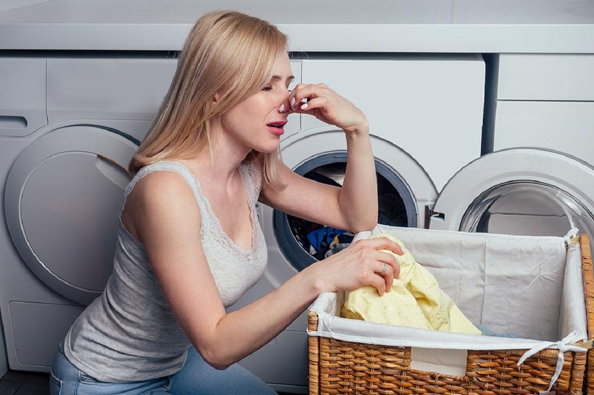 Cómo eliminar el mal olor en la ropa
