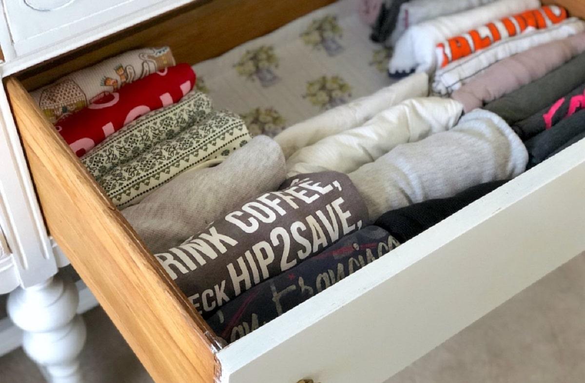 Método KonMari para doblar la ropa