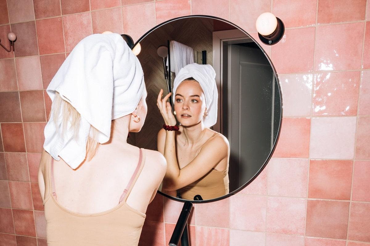 Limpieza facial para evitar el acné